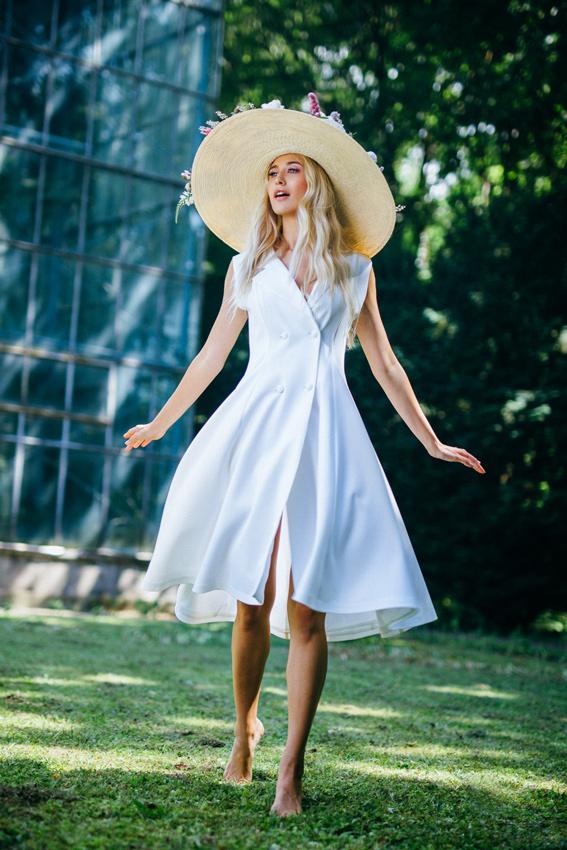 White midi dress outfit- SINommunity - Sinestezic