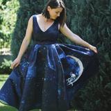Blue midi evening dress printed with floral paintings | Sinestezic | SinestezicQueens